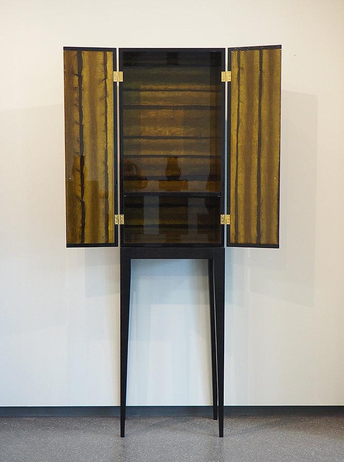 Kombu Cabinet
